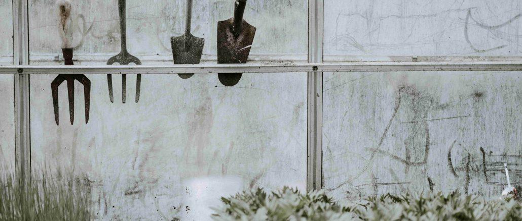 Een muurkas maakt jouw tuin helemaal af